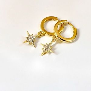 Starburst Huggie Hoop Earrings 14k Gold